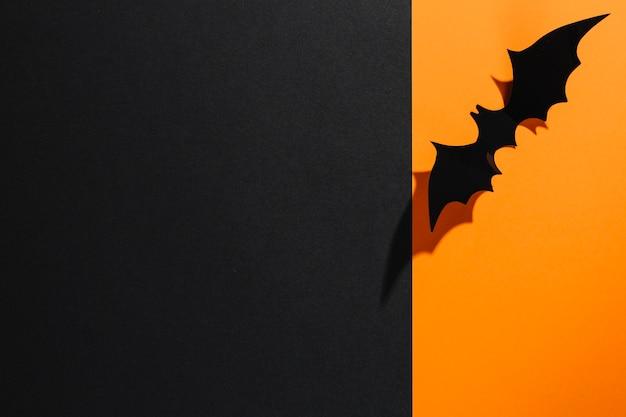 手作りハロウィーンのバットオレンジ紙 無料写真