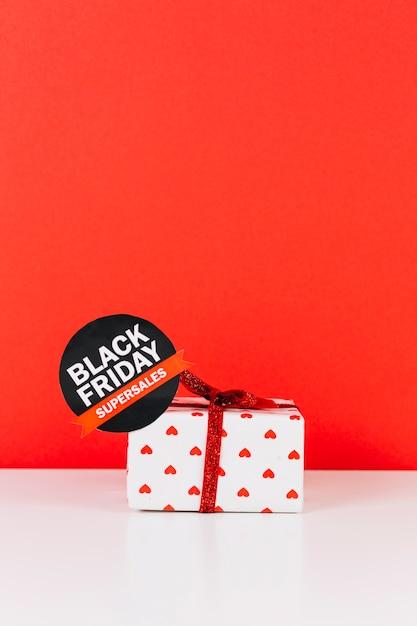 Подарочная коробка с наклейкой для продажи Бесплатные Фотографии
