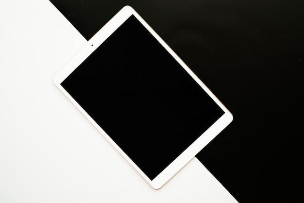 黒板と白板のタブレット 無料写真