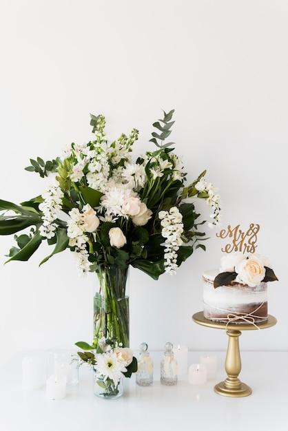結婚式の花のある静物 無料写真