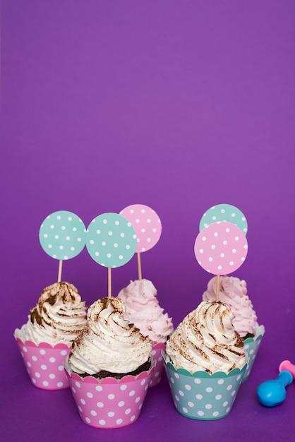 おいしい誕生日カップケーキ 無料写真