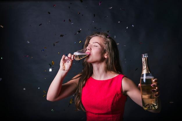 若い、女、飲む、シャンパン 無料写真