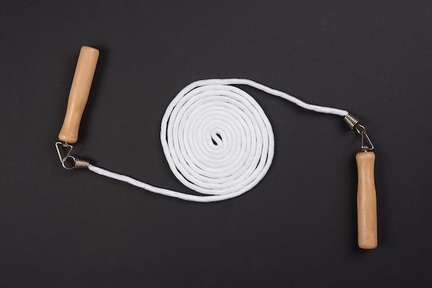 ロープをスキップして素敵なスポーツの構成 無料写真