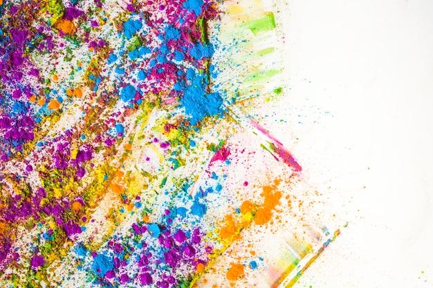 さまざまな明るい乾燥色のぼかしと杭 無料写真