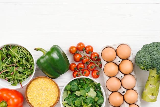 新鮮な野菜と卵白板ボード 無料写真