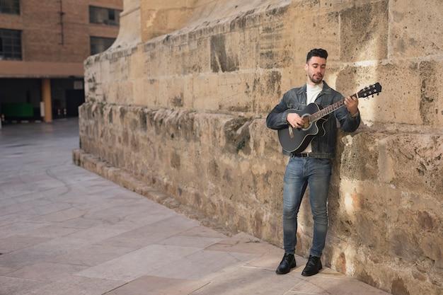 屋外ギター音楽 無料写真