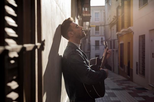 Гитарная музыка на открытом воздухе Бесплатные Фотографии