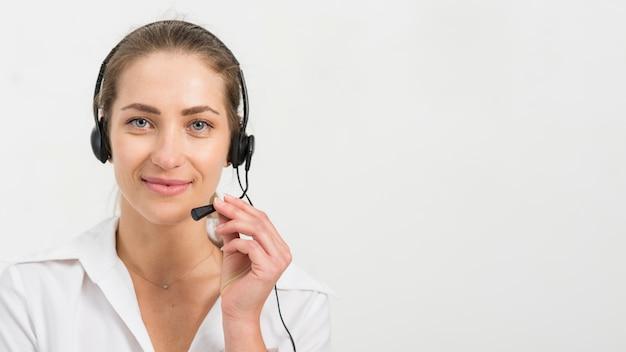 コールセンターの女性の肖像画 無料写真