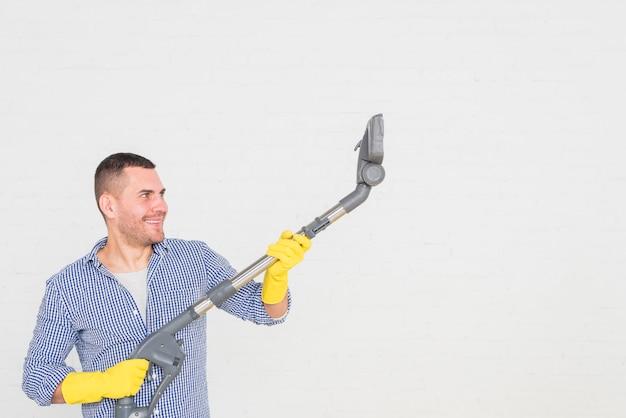 彼の家の掃除人 無料写真