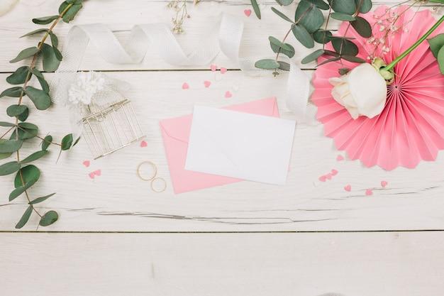花の結婚指輪 無料写真