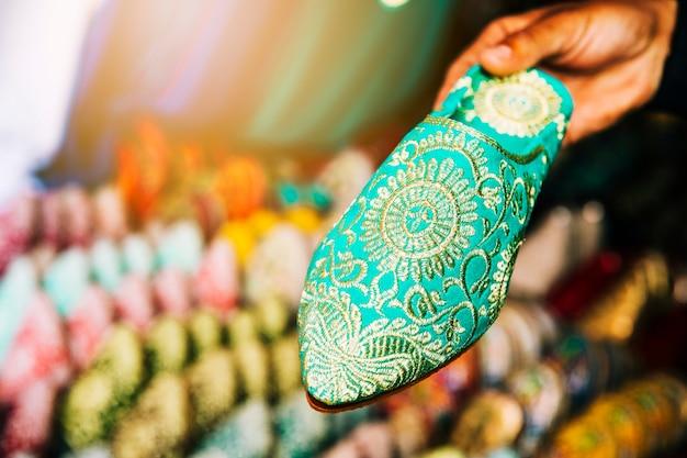 モロッコの市場での靴 無料写真