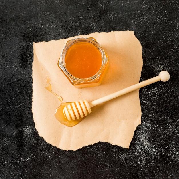 スプーンでトップビュー蜂蜜瓶 無料写真