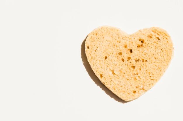 ハートの形のパンのスライス 無料写真