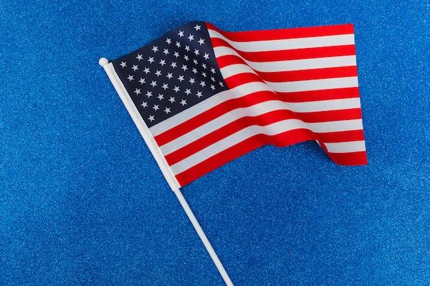 Флаг сша на синем фоне Бесплатные Фотографии