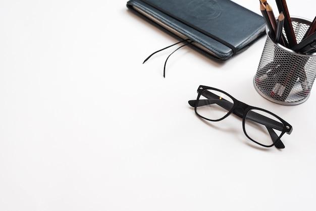 オフィスの要素を持つデスクトップ 無料写真