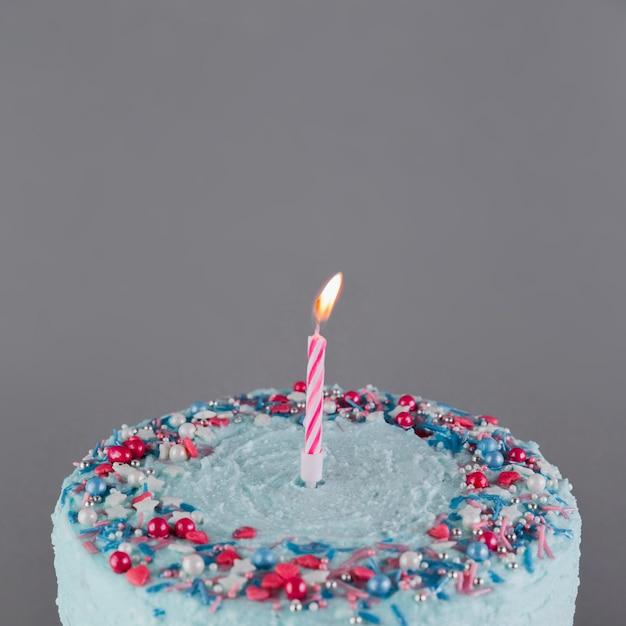 Натюрморт с вкусным праздничным тортом Бесплатные Фотографии