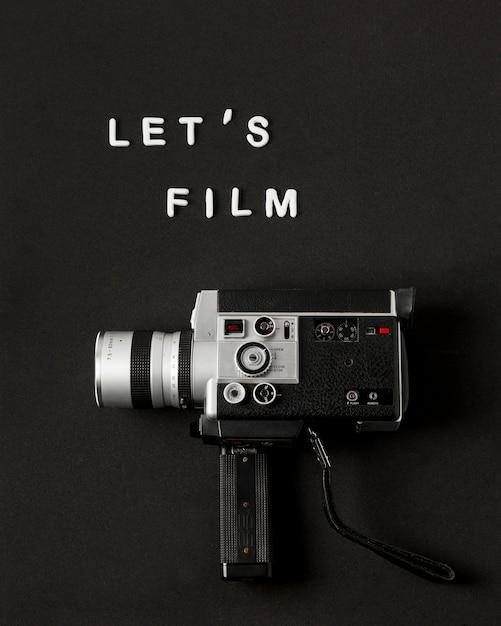 ビデオカメラのテキストと黒の背景に映画をしよう 無料写真