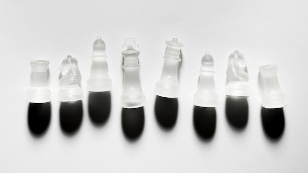 透明なチェスの駒の品揃え 無料写真