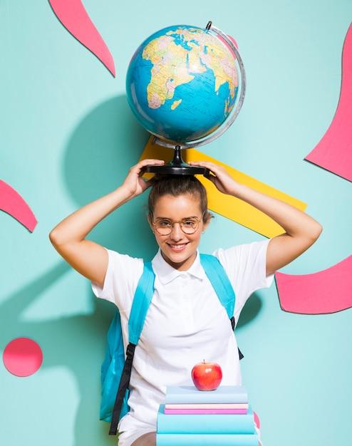世界中の女子高生の肖像画 無料写真