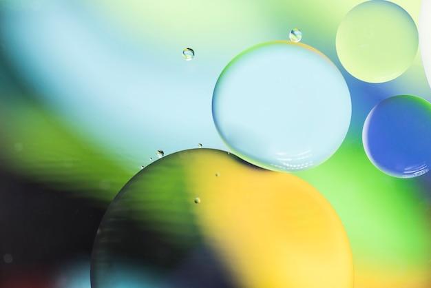 泡と緑の黄色と青の抽象的な背景 無料写真