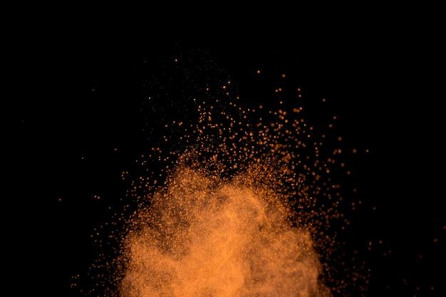 カラフルな粉体粒子の活気に満ちた雲 無料写真