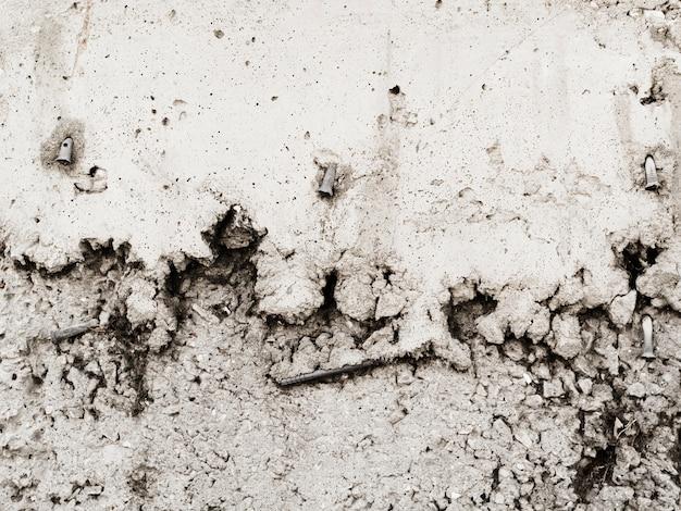 Гвоздь застрял в выветрившейся стене Бесплатные Фотографии
