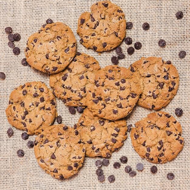 Вид сверху печенье с шоколадной стружкой Бесплатные Фотографии