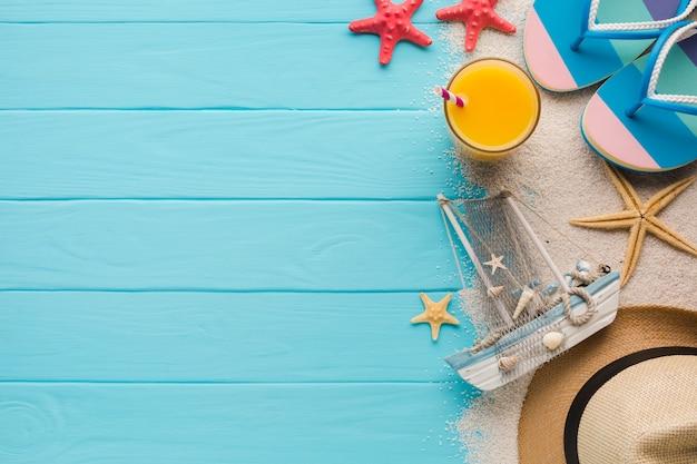 フラットレイアウトビーチのコンセプト構成 無料写真