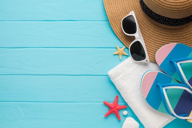 コピースペースを持つフラットレイアウト夏休みコンセプト 無料写真