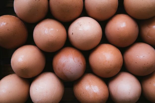 卵の上から見たカートン 無料写真