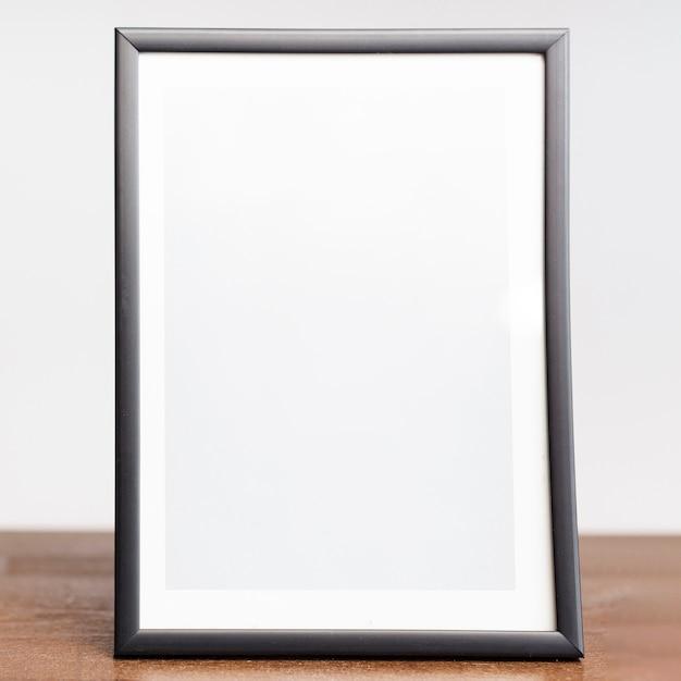 テーブルトップにクローズアップの写真フレーム 無料写真