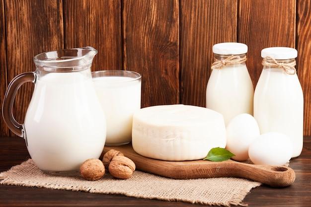 Питательный завтрак на основе молока Бесплатные Фотографии