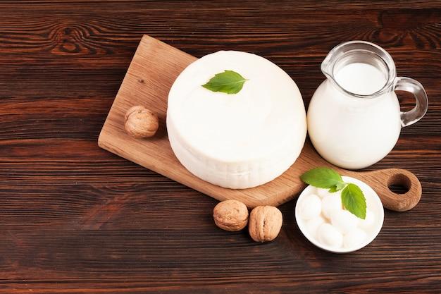 Свежий здоровый молочный продукт вид сверху Бесплатные Фотографии