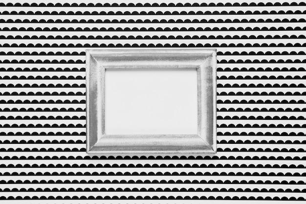 モノクロの背景を持つ空白のフレーム 無料写真