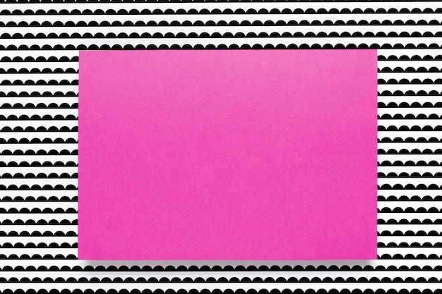 パターンの背景に紫のカード 無料写真