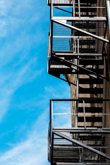 建物の足場のビュー 無料写真