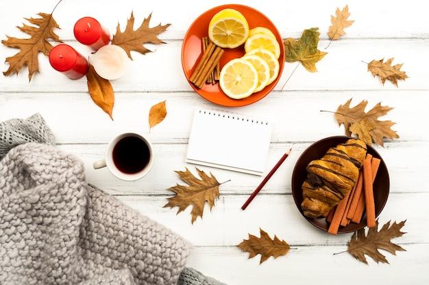 トップビュー美しい秋のレイアウト 無料写真