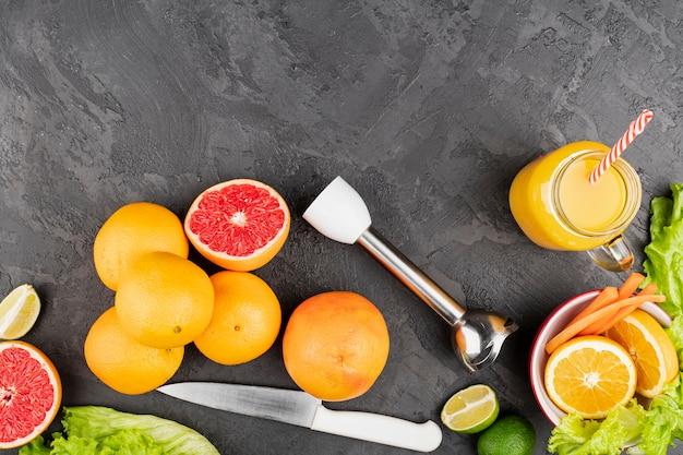 オレンジとトップビューフルーツ 無料写真