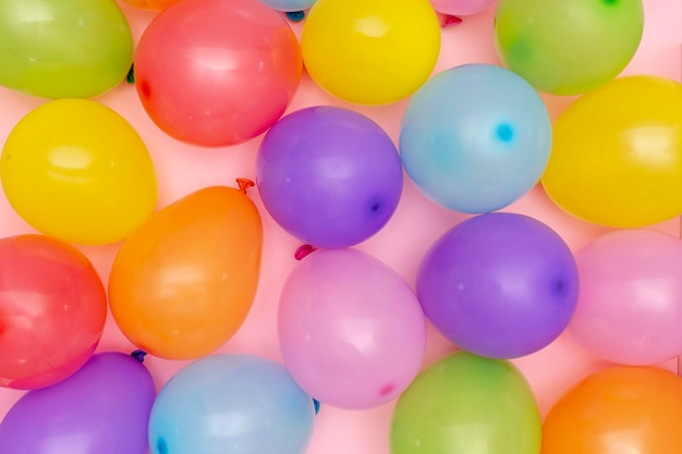 Вид сверху разноцветных воздушных шаров Бесплатные Фотографии
