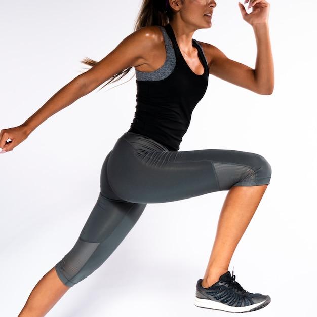 クローズアップ女性運動姿勢 無料写真