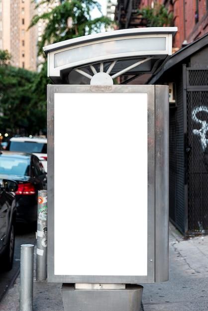 バス停のモックアップ看板 無料写真
