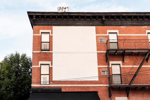 建物の大きなモックアップ看板 無料写真