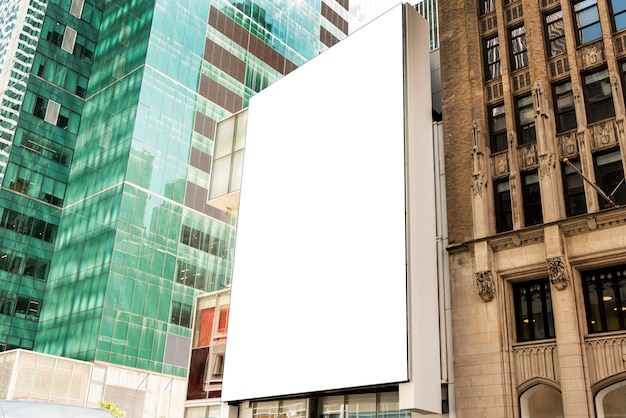 Макет рекламного щита на городской застройке Бесплатные Фотографии