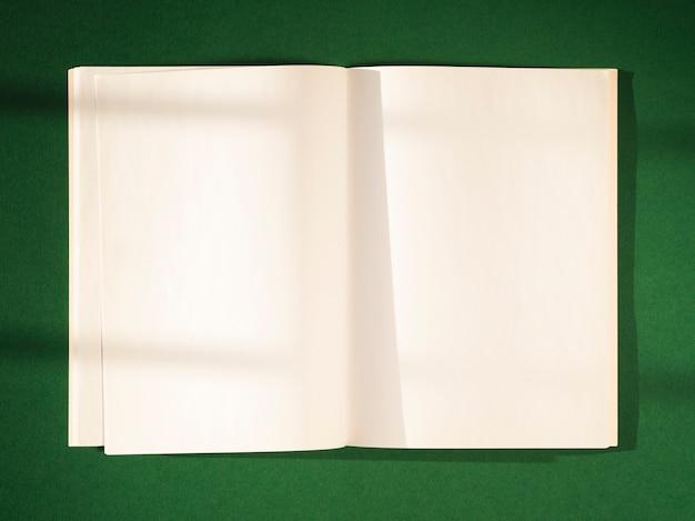 影付きのクローズアップ白紙 無料写真