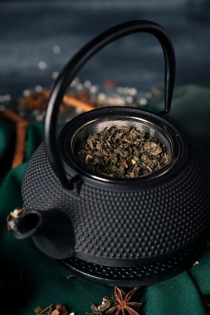 アジア茶抹茶入りハイアングルティー 無料写真