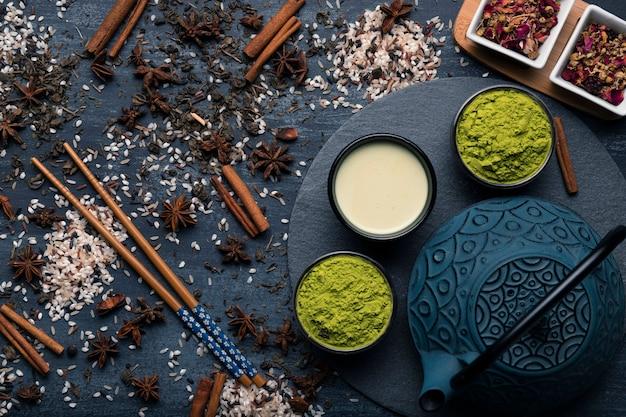 トップビュー伝統的なアジア茶抹茶 無料写真