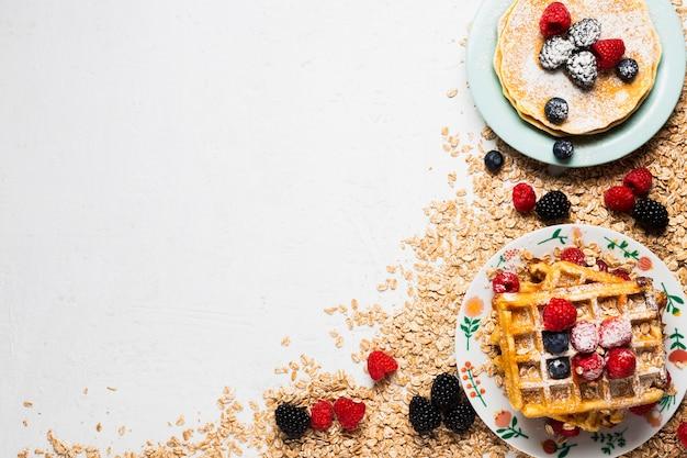 Винтажная концепция завтрака с копией пространства Бесплатные Фотографии
