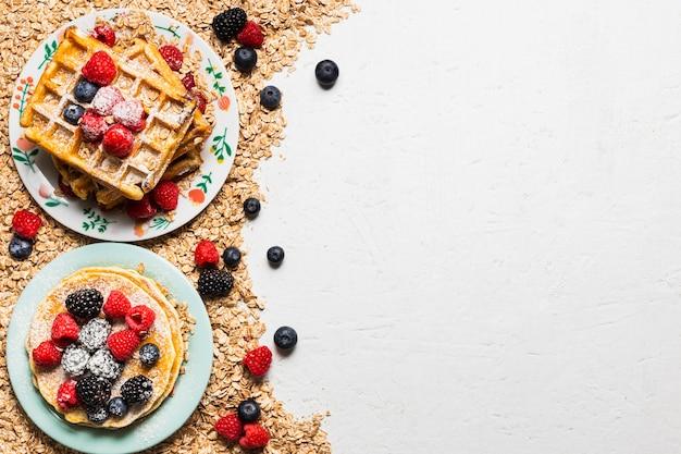 Свежий завтрак концепции с копией пространства Бесплатные Фотографии