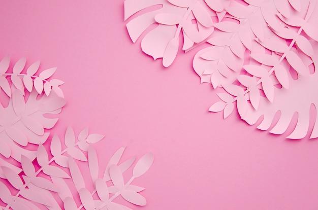 ピンクの色合いの紙でできた葉 無料写真