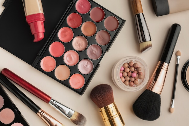化粧品の上面図の配置 無料写真